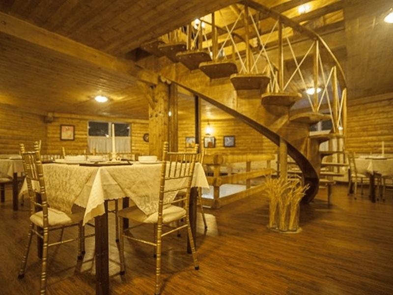 بهترین رستوران های کرمان-رستوران آسیاب بادی