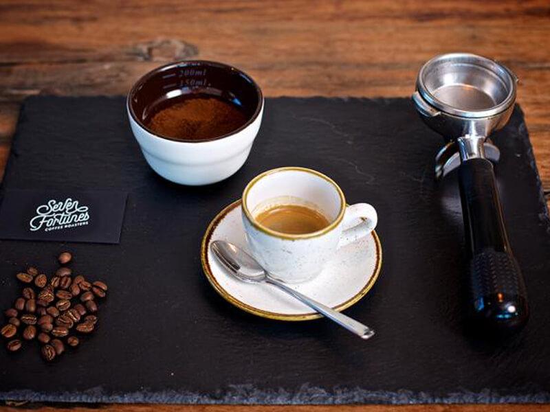 کافه کارن همدان
