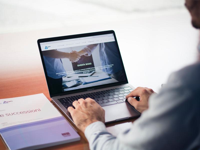تبدیل کسب و کار سنتی به آنلاین