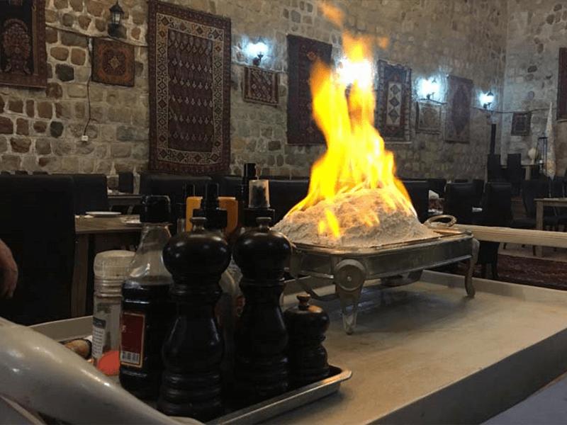 سفره-خانه-قائم-مقام-فراهانی